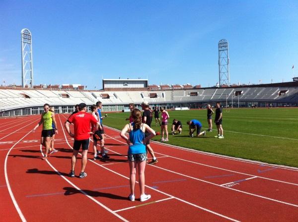 800 meter voor de start in het Olympisch Stadion